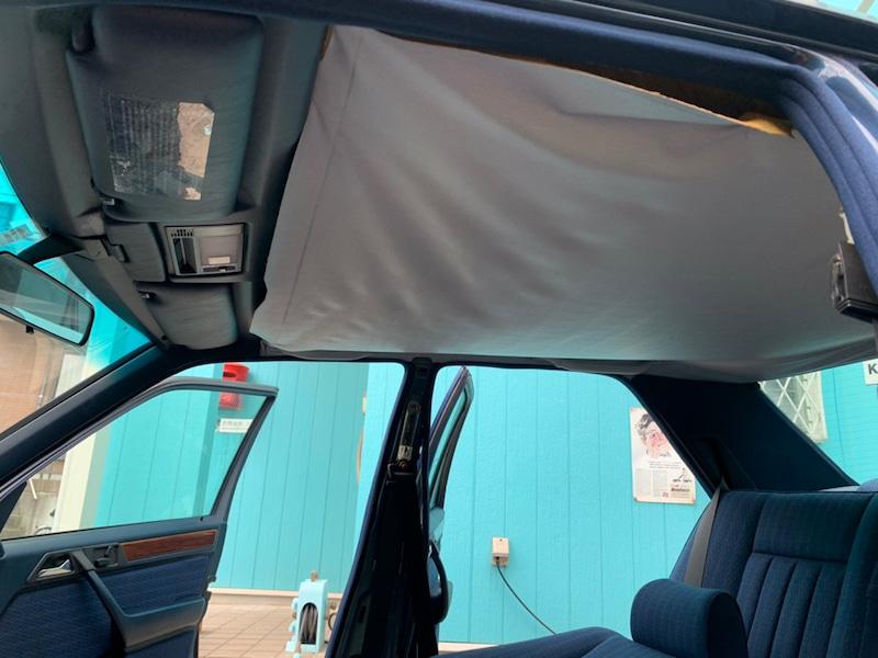 メルセデスベンツE 280 w124の天井の垂れ・剥がれ